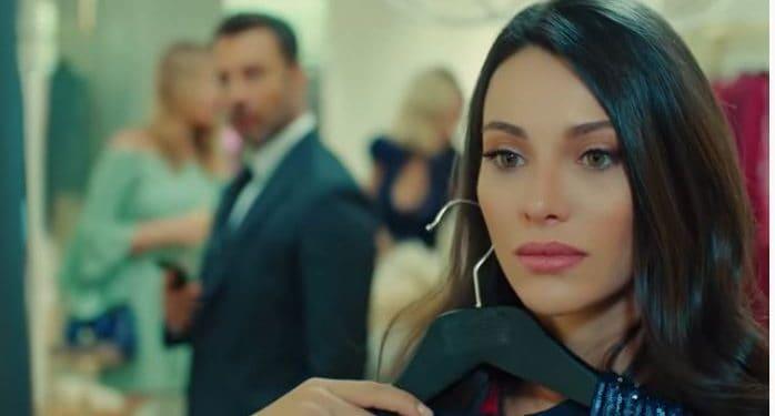 Tuvana Türkay Yasak Elma dizisi Leyla karakteri