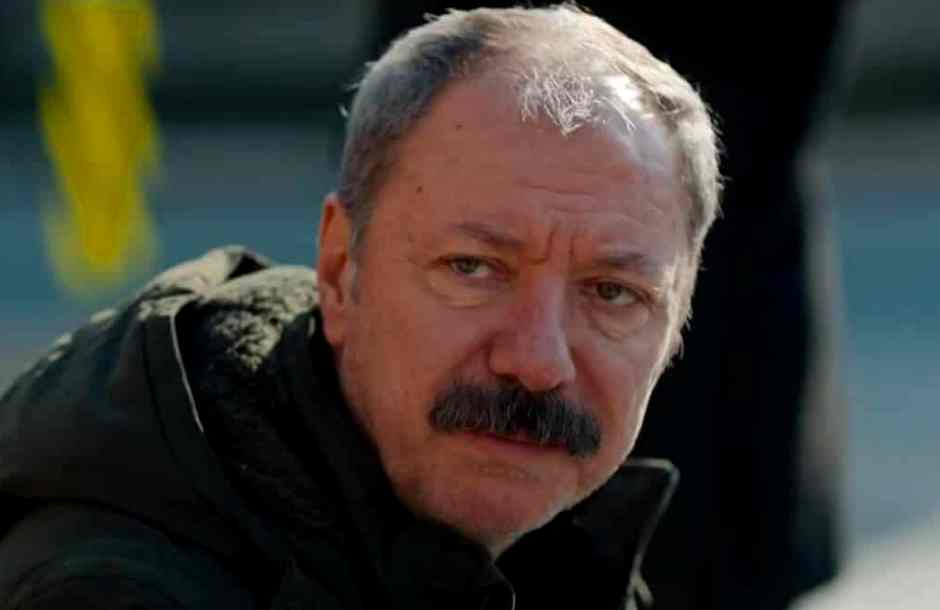 Çetin Kemal Sarıkartal Azize dizisindeki rolü karakteri