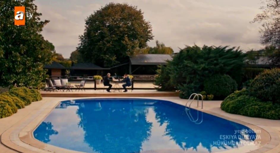 1 Ekim salı Eşkiya Dünyaya Hükümdar Olmaz havuzlu villa nerede