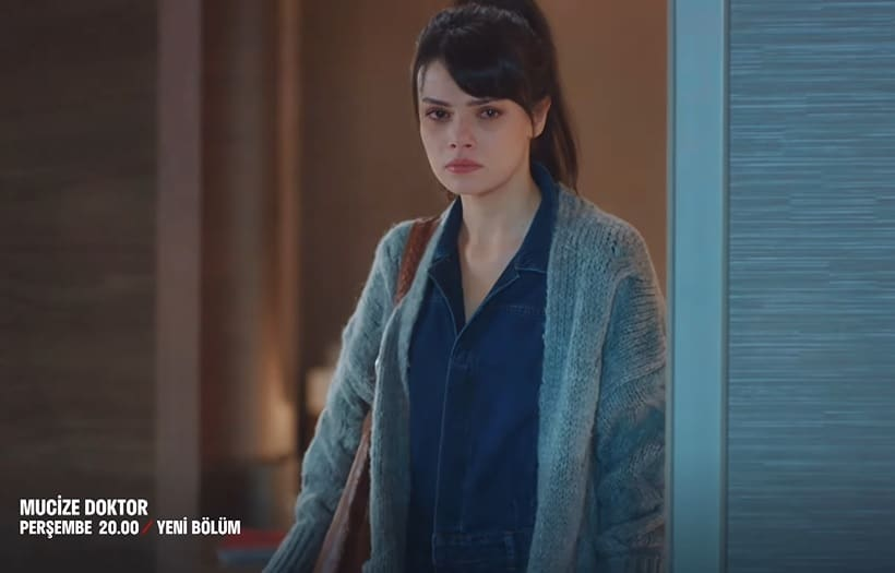 Mucize Doktor Nazlının 6. bölümde giydiği hırka ve gömlek