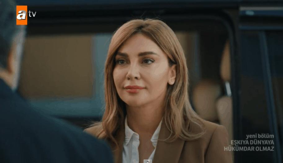 Eşkıya dizisi Avukat Damla rolündeki kız kim