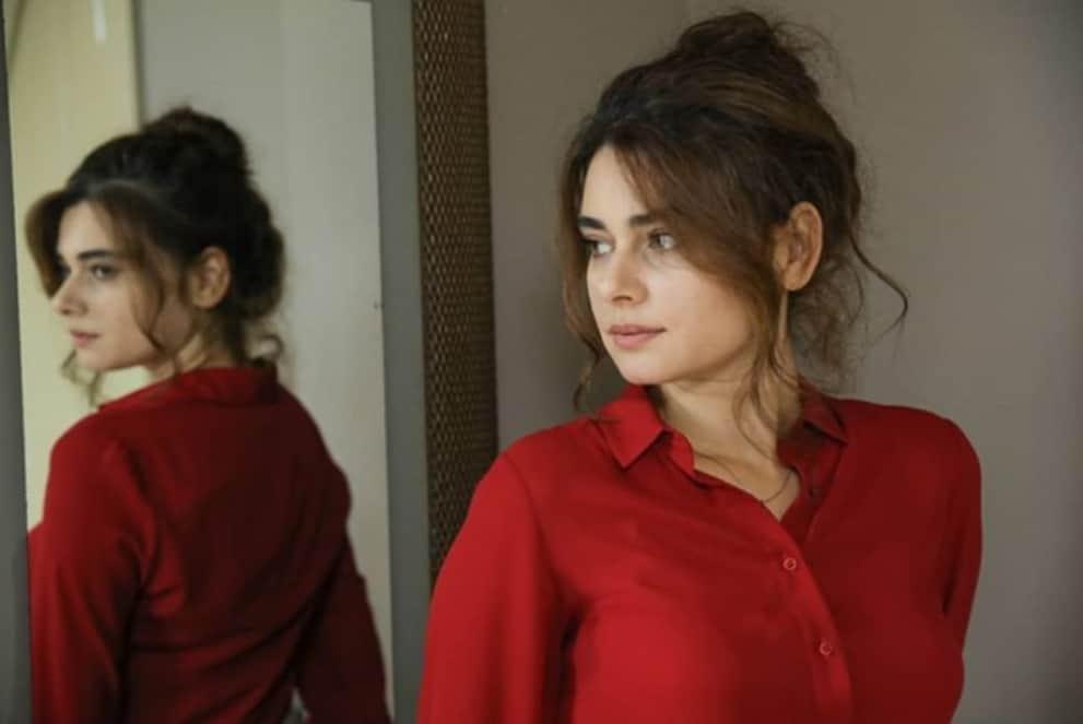 Yemin Narinin giydiği kıyafetler marka modeli