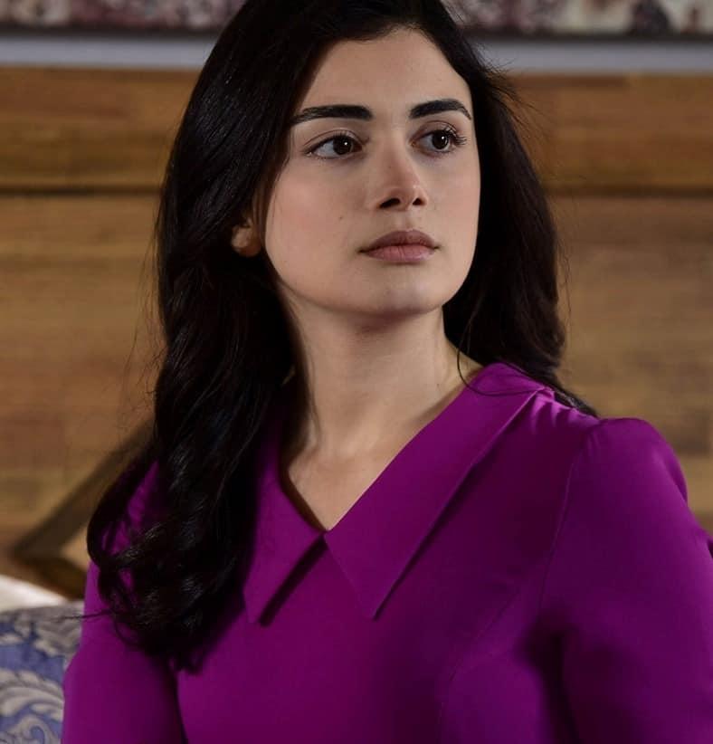 Yemin Reyhan'ın Giydiği mor elbise markası