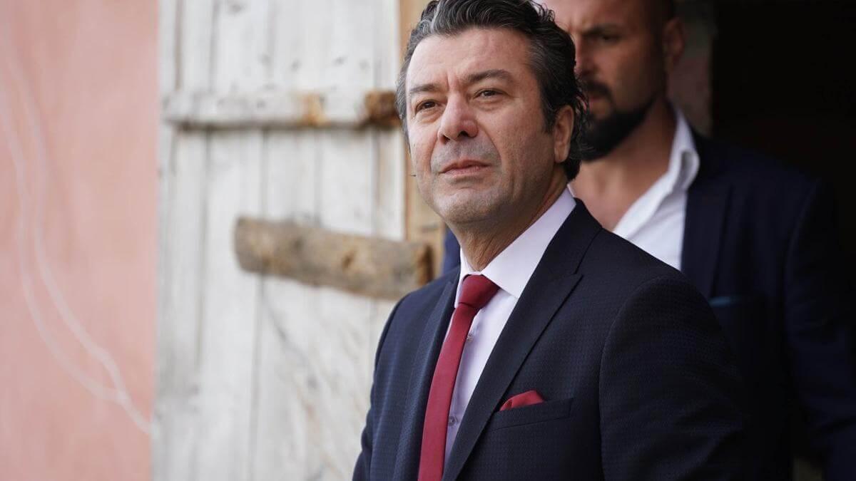 Uğur Çavuşoğlu Gel Dese Aşk dizisi