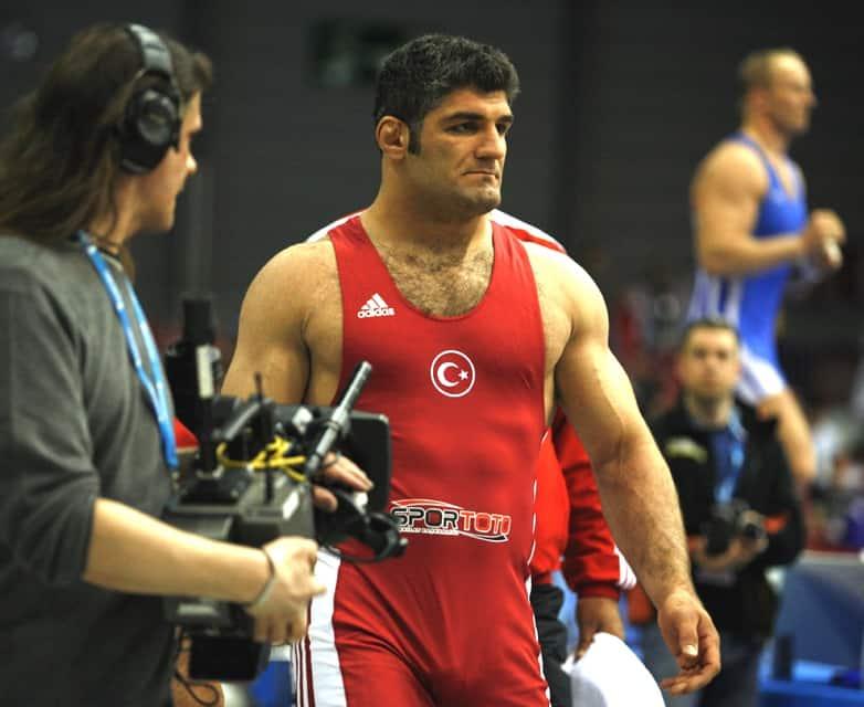 Kuruluş Osman Ayaz rolü Atilla Güzel