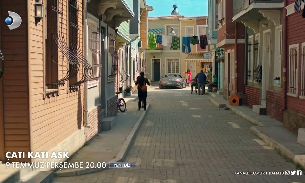 Çatı Katı Aşk dizisi çekildiği mahalle sokak