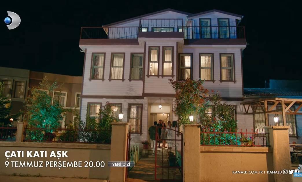 Çatı Katı Aşk dizisinin çekildiği ev