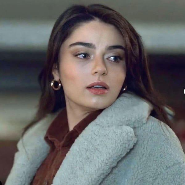 14 Şubat Arıza dizisi 22. bölümde Halide'nin giydiği peluş mont