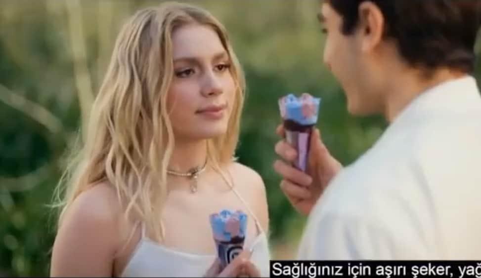 Aleyna Tilki Bu Benim Masalım Aşkımı Yazacam reklamı