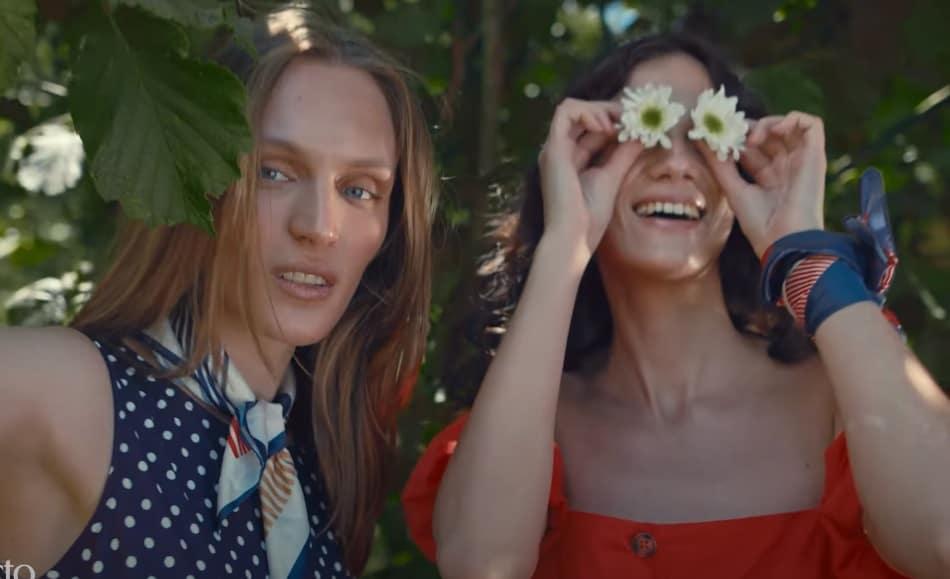 Defacto reklamı Elbise Mevsimi Her ruhun bir rengi var şarkı sözleri