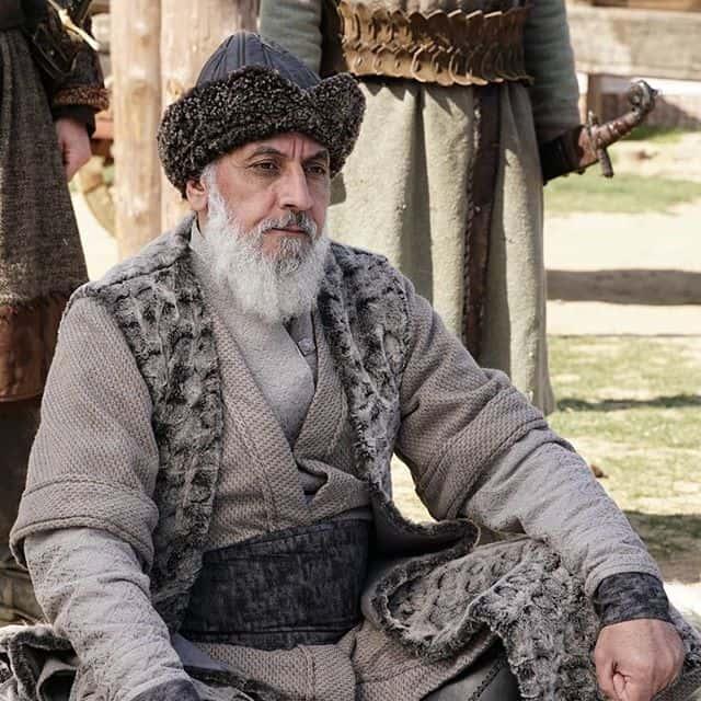 Kurulus Osman Mehmet Sabri Arafatoglu Demirci Bey diziden ayrildi