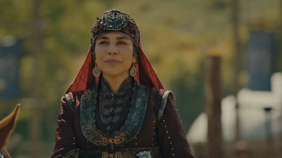hazal hatun kurulus osmandan ayrildi