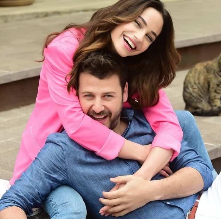 Kazara Aşk dizisi başrol oyuncuları