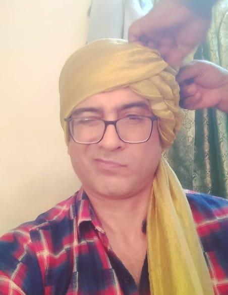 Tatlı Bela Varad Niranjan Agnihotri (Samir Sharma)