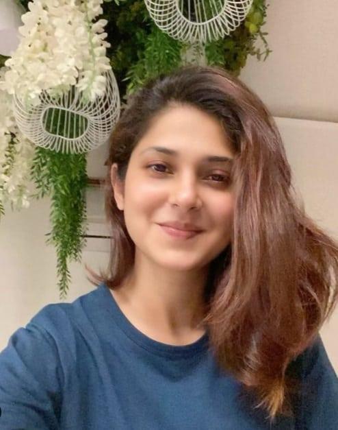 Tutku Dizisi (360 Tv) Maya Mehrotra Kimdir