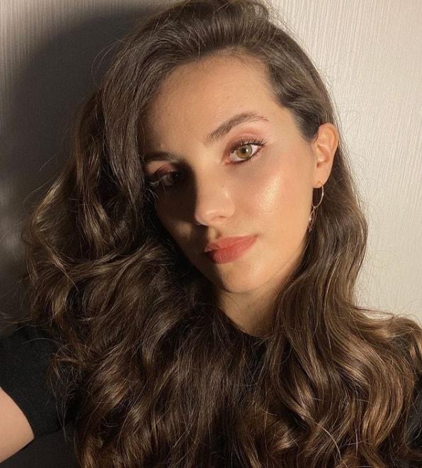 Almila Ada Aşkın Yolculuğu Hacı Bayram Veli dizisinde