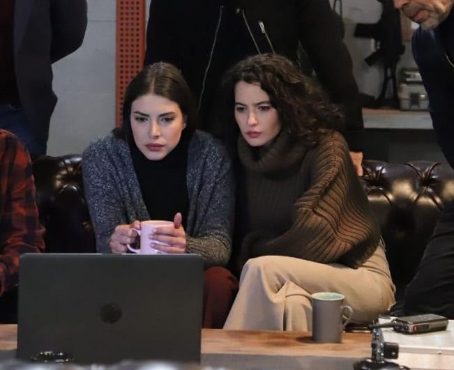 18 Nisan Teşkilat 7. bölüm Zehra ve Pınarın kazağı nereden