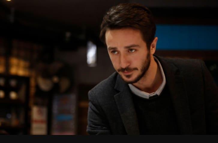 Ahmet Rıfat Şungar Hamlet dizisi oyuncu kadrosunda