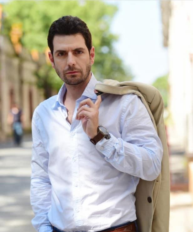 Korel Cezayirli Mavera dizisinde Hace Ahmed Yesevi rolunde