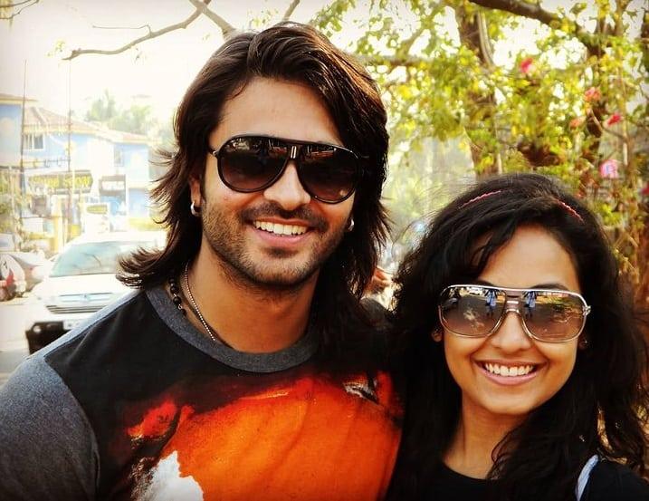 Ashish Sharma ve sevgilisi
