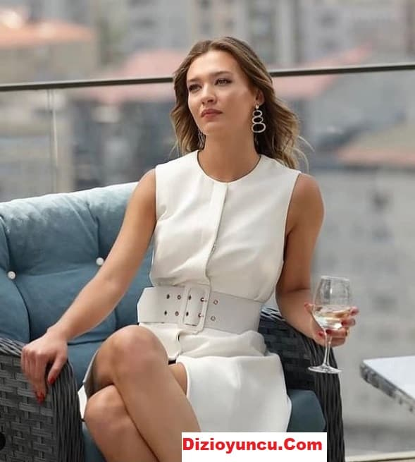 Aşk Mantık İntikam dizisi Çağla'nın giydiği beyaz elbise